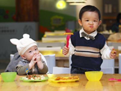 婴幼儿学习发展特点